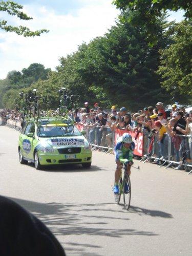 Kjell Carlström riding the prologue in TDF2007
