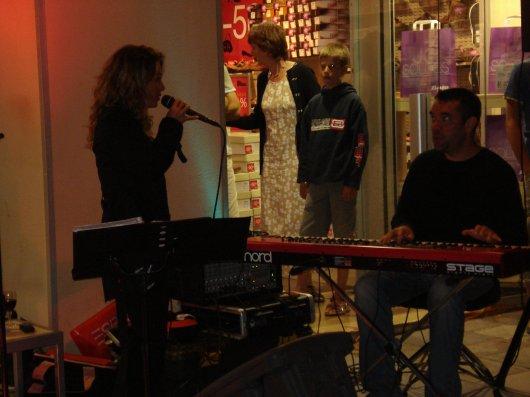 Performers at Shopping de Nuit inBastia