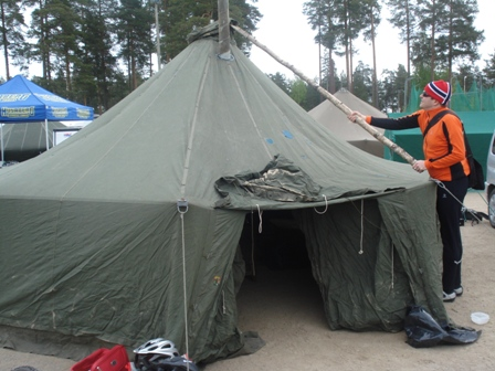 Fixing the wrongly assembled tent