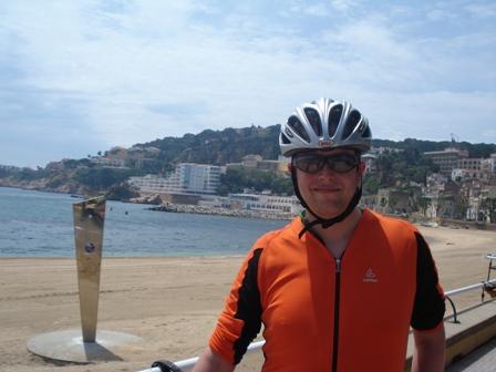 Posing in Sant Feliu de Guixols