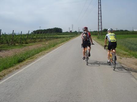 Riding towards Hincapie climb