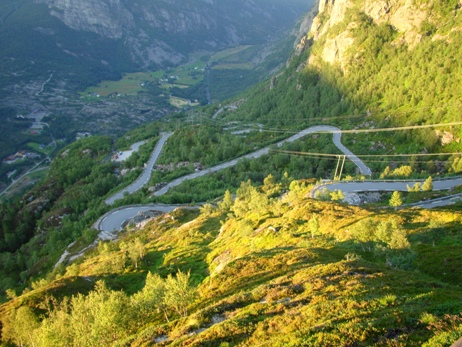 The 6 km serpentine road to Lysebotn, average inclination 10%