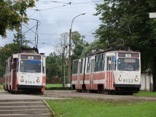 The tram to Strelna. Old and noisy, but worked fine.