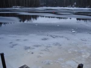 Kuusijärvi was icy and cold
